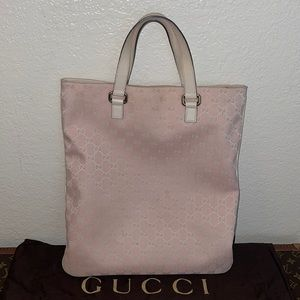 Authentic Gucci bubble gum pink sac shopping tote